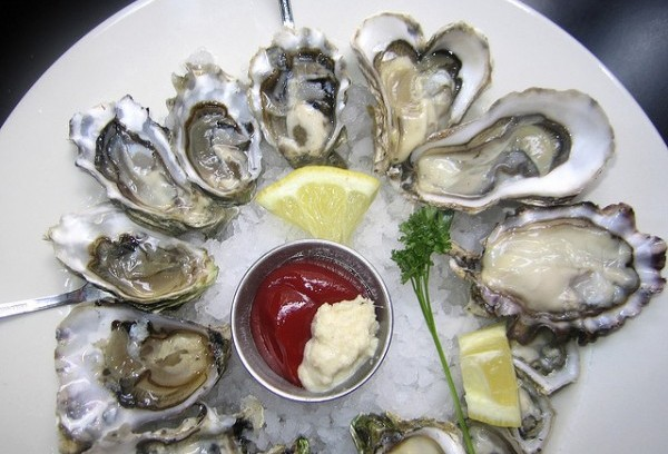 Oysters e1345729887670 50 Foods to Try Before you Die
