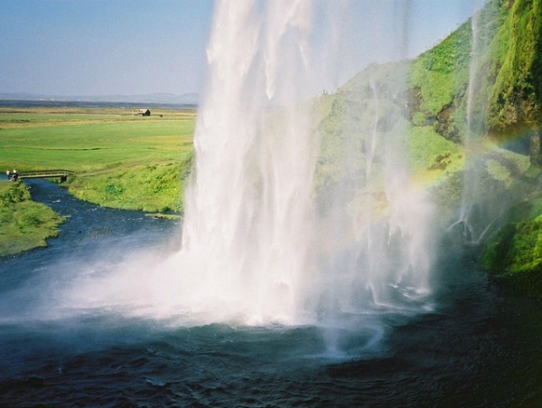 7 Spectacular Things To Do in Iceland